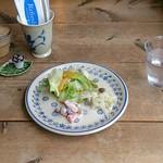 カフェ ポテリ - サンドイッチセット(950円)の前菜
