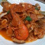 さるうて イタリアリストランテ - 料理写真:ペスカト―レスパゲティ トマトソース又は塩ベース