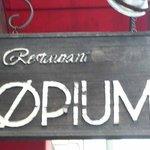 OPIUM - お店の看板です。オープンして20年以上が経っているんですもんね。やっぱり年期が入っていますよね~。