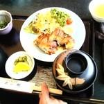 たこ郎 - お昼の定食 うなぎ定食