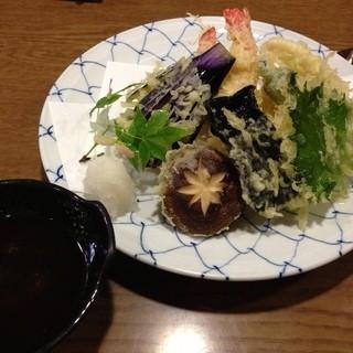 なか栄 - 天ぷら盛り合わせ