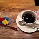 和琉ダイニング あんのん - ランチプレートのデザート&コーヒー