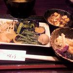 2726187 - お惣菜取り&食べ放題!