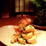 お箸BARおれお - おれお特製山芋タレ仕込み。和風のおだしにじっくり漬けたオツマミです(^。^)