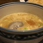 麺や ポツリ - 味玉つけ麺 並盛 880円。