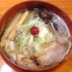 吉山商店 - 豚骨白湯しお_780円
