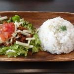 MK CAFE - 特製タコライス(2014年5月来店)