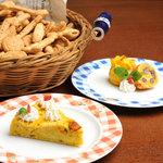 サムズキッチン - 当店自慢の手作りワンちゃん用クッキーとケーキ、販売しています。