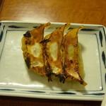 まるうま - 餃子3個
