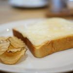 セントル ザ・ベーカリー - 激ウマ、チーズトースト!