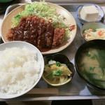 とんかつ赤煉瓦 - 味噌ロースカツ定食