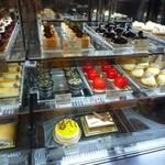 ペストリーショップ - ケーキのショーケース