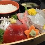 海わ屋 - 刺身定食