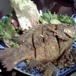 サワディー - 魚の裏返し