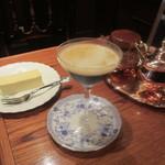 皇琲亭 - アンブル・ドゥ・レーヌ、チーズケーキ