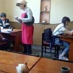 そばきり長助 - ワタシ意外、全員小学生・・他県からの修学旅行だと思われるが、昼飯に蕎麦を食べるなんて、今の小学生は、粋だねぇ~・・