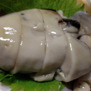 八千代 - 料理写真:感動の岩牡蠣,やはり本場は違う!