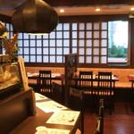 北海道料理ユック - お仲間でわいわいテーブル席