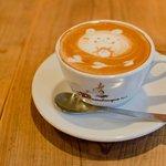 カッフェ ロカーサ - 料理写真:かわいいデザインカプチーノ♪