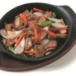 状元特製 牛肉と彩り野菜の鉄板焼