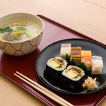 吉野鯗 - 大阪寿司と鯛麺