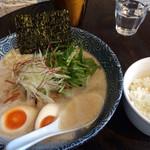 ラァメン トリイチ - 鶏白湯ラーメン 塩 + 味玉 + ライス 950円