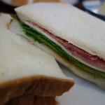 可否屋葡瑠満 - ハムとチーズのサンド