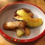 とんかつ 安右衛門 - 茄子と摘果メロンの味噌炒め
