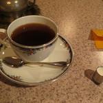 バロック - コーヒーは800円でした。