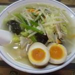 生駒軒 - タンメン+味付玉子(昼サービス)