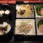 Foods bar 栞屋 - 松花堂弁当です^^;