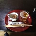 花背そば 花竹庵 - 食前のビール