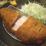 竹茂 - 黒豚とんかつ(鹿児島産純粋黒豚六白)