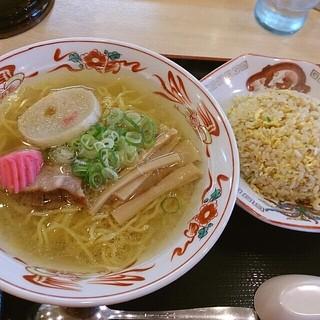 らーめん きちりん - 料理写真:チャーハンセット(塩ラーメン)