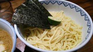 めん徳 二代目 つじ田 新橋店 - つるつるの麺