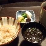 馳走飯田 - 「お食事」 新しょうが御飯・岩のり味噌汁・自家製お漬物