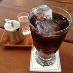 茶色の小びん - アイスコーヒー(450円)