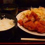 炭火焼肉英 - チキンカツ定食600円