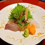 御料理 みつ乃家 - 向附 飛魚 間八 赤魚鯛 あしらい一式