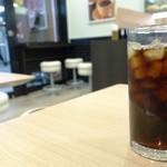 ベックスコーヒーショップ - 水出しアイスコーヒー230円
