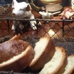 ヨッテリア ガク - 自家製パン