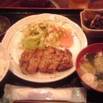 27355800 - ハンバーグ定食 900円也(税込)