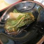 炭火焼肉 敏 - キムチ~