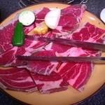 炭火焼肉 にくまさ - 料理写真:肉!