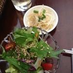 韓国野菜料理 JUN - もやしナムルとチョレギサラダ