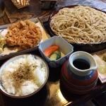 27367431 - 再訪、桜えびのかき揚げ蕎麦、たべました。カリッとしてて美味い!