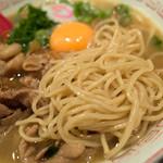 """肉玉そば おとど - """"牛・豚・鶏""""の三獣スープに中太麺。麺よりもお肉の方が主役でしょうか。"""