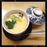 御用鮨 - 茶碗蒸し、しいたけがもうううう、めちゃくちゃ美味しかった、したの方は、味濃かったかな、でも美味しかった。