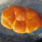 大須ベーカリー - クリームパン