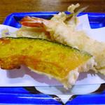 竹梅 - 定食の天ぷら